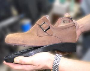 靴底の貼り替え